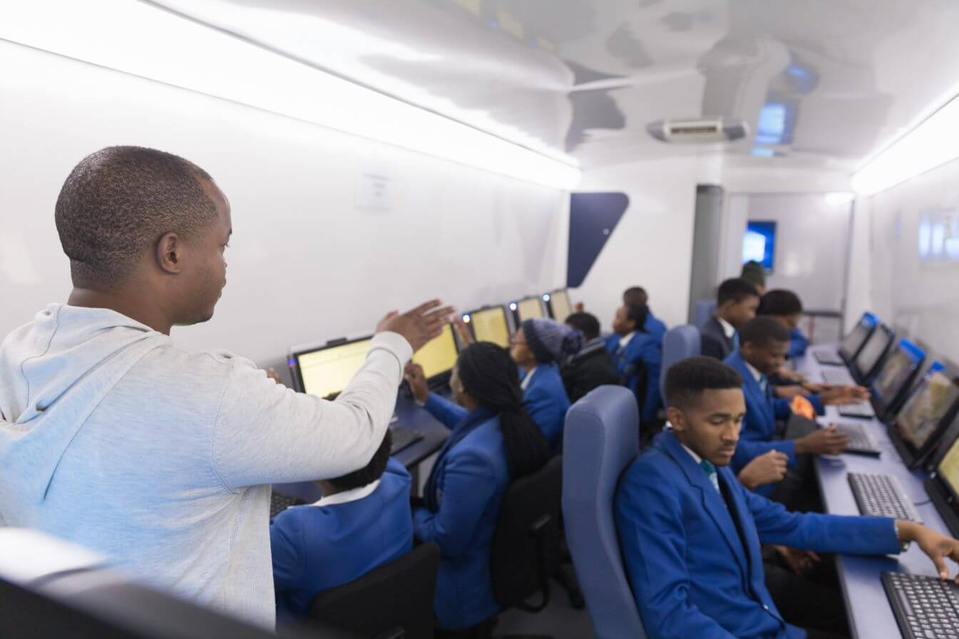 Learners inside a education mobile